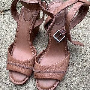 Frye Patricia wedges size 8